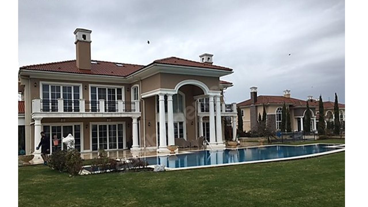 Göl Malikaneleri 1 Nolu Villa Büyükçekmece